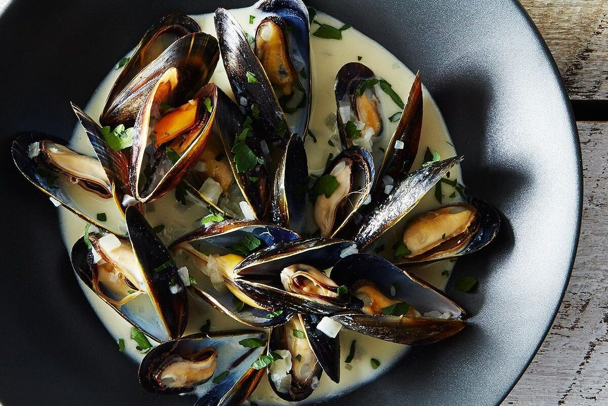 Mussels With Mustard Cream Sauce